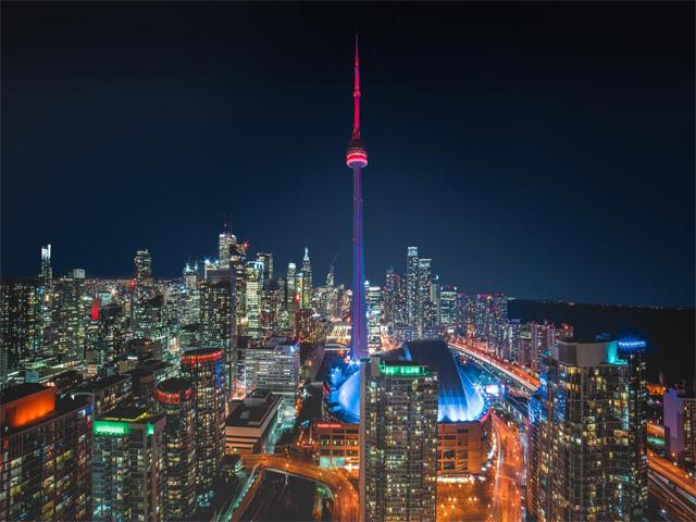du-lich-Canada-di-Toronto